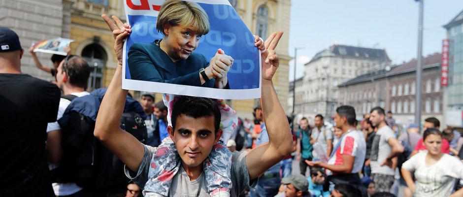 Merkel-inmigrantes - Fernando Díaz Villanueva